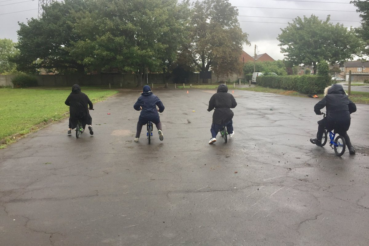 BEDFORD MUMS GET ON THEIR BIKES THANKS TO NEW PROJECT!