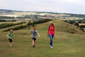 New socially distance walking routes launched by Chilterns Conservation Board